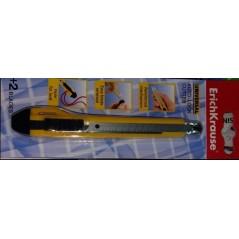 Ножик канцелярский 9 мм. Erich Krause Universal +2лезвия